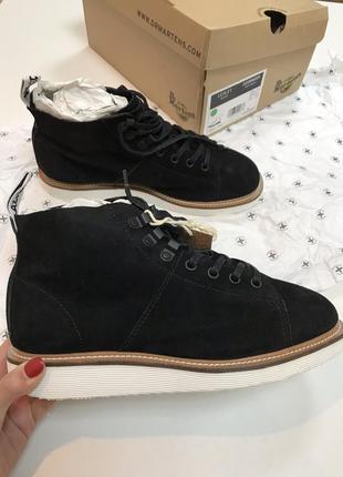 Замшевые ботинки dr. martens