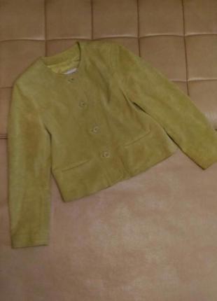 Замшевая куртка салатного цвета, р.38