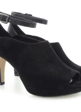 Стильные красивые туфли с открытым носком clarks uk5.5 d новые без коробки кожа