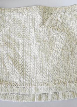 Шикарная кружевная юбочка на золотой подкладке фирмы hollister оригинал