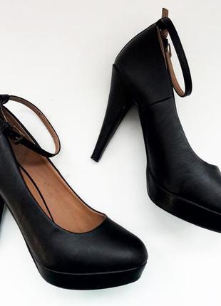 Стильные классические туфли на высоком каблуке; черные туфли на высоком каблуке