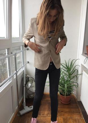 Льняной бежевый пиджак жакет блейзер