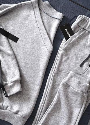 Спортивный весенний костюм ангора кашемир серый меланж