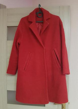 Пальто zara.размер s-m.