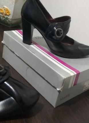 Lider качественные женские туфли на среднем каблуке 38-р-р/стелька 24,5см кожа