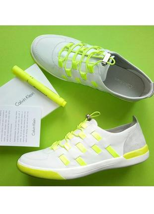 Белые кожаные кроссовки  от calvin klein р.38,5