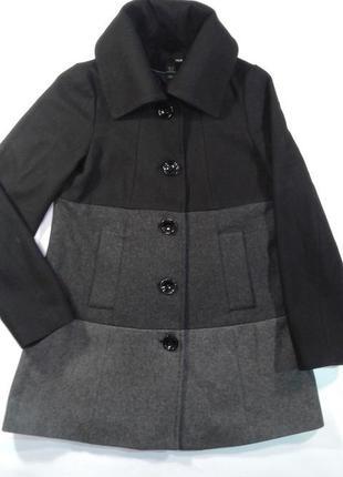 Классное трехцветное пальто/полупальто