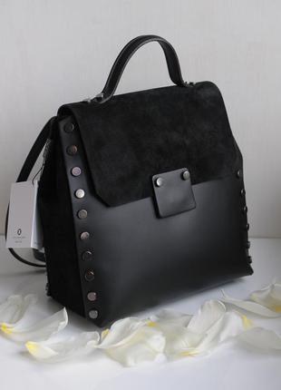 Сумка рюкзак стильной формы из натуральной кожи