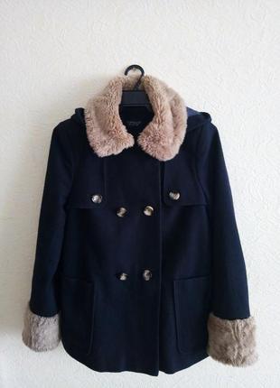 Отличное пальто свободного кроя