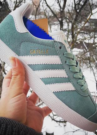 Очень крутые кроссовки adidas gazelle   наличии 36- 41