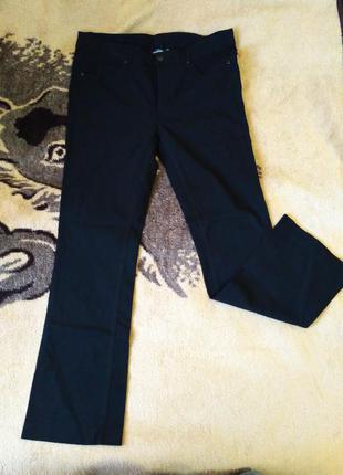 Жіночі чорні штани фірми kappahl