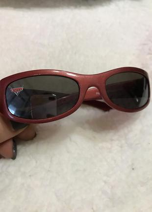 Солнцезащитные очки тачки