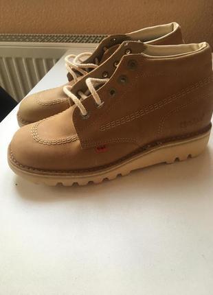 Кожаные ботиночки фирмы kickers