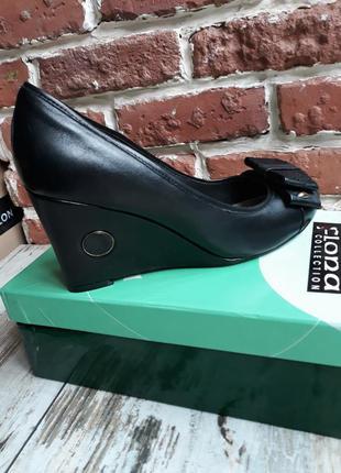 Женские туфли на танкетке натуральная кожа