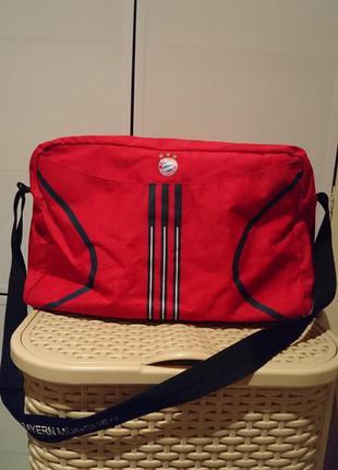 Спортивная сумка adidas футбольная тематика