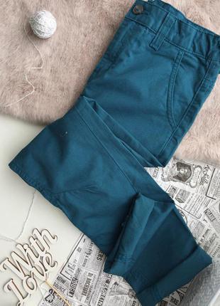 Яркие штанишки