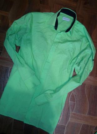 Рубашка зеленого цвета длинный рукав р м