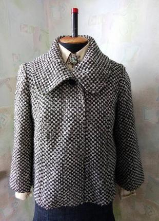 Черное-белое полу-пальто в стиле шанель,жакет,пиджак,блейзер,шерстяной,твидовый,болеро.