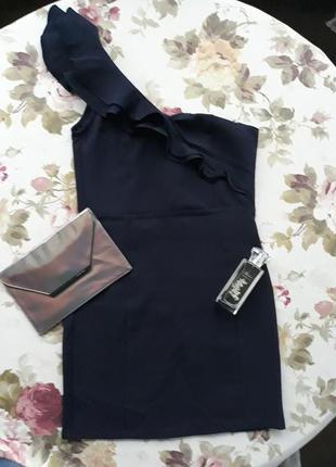 Новое платье на одно плечо