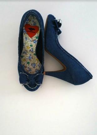 Стильные джинсовые туфли из синего денима р. 39