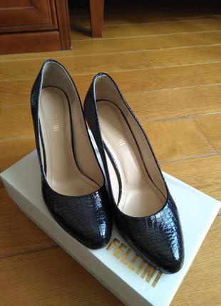 Великолепные туфли fellini, р-р 39
