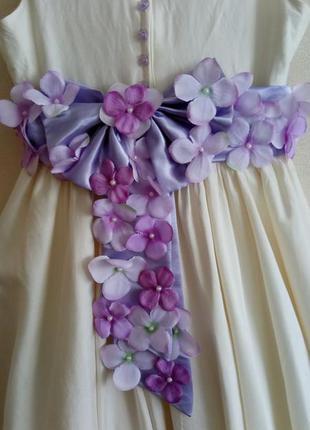Нарядное платье  tous les jours на рост  122 см - 128 см. состояние нового.