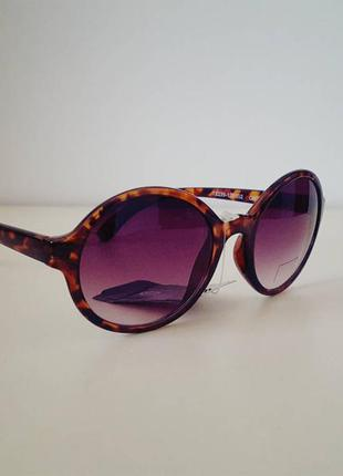 Нові окуляри с&а..uf3