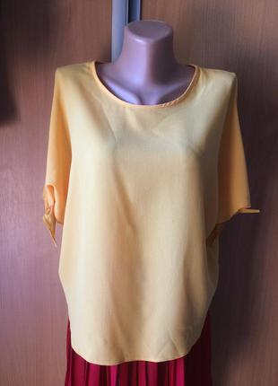 Блуза с завязками на рукавах размер 10
