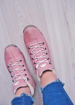 Пыльно-розовые ботинки ellesse ( vintage)