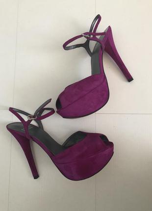 Туфли stuart weitzman нежные насыщенного цвета италия оригинал р.37
