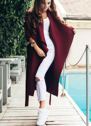 Кашемировое пальто цвета марсала с поясом на запах
