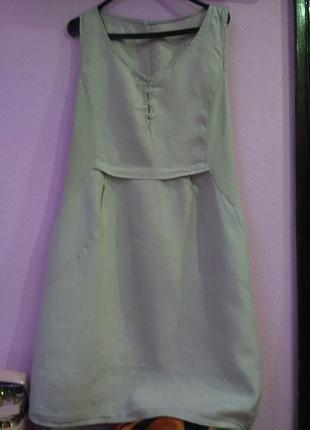 Серое льяное платье королевского размера производства италия.