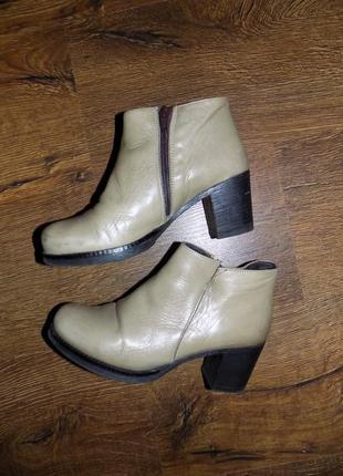 Кожаные ботиночки р.36