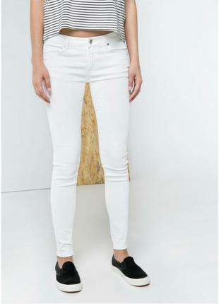 Белые джинсы h&m с высокой посадкой