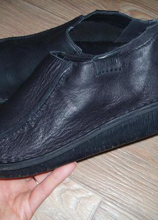 Туфли clarks 39 стелька 25 см. натуральная кожа