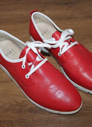 Шкіряні червоні черевики німецької якості caprice (39 розмір)