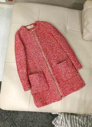 Демисезонное шерстяное очень крутое стильное пальто  zara
