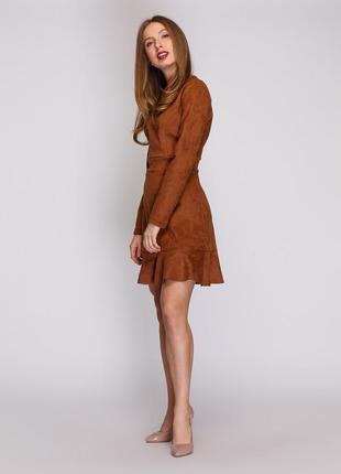 Платье с экозамши
