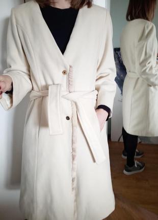 Пальто-халат с поясом  белое s
