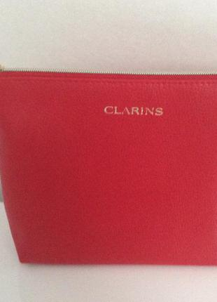 Косметичка clarins