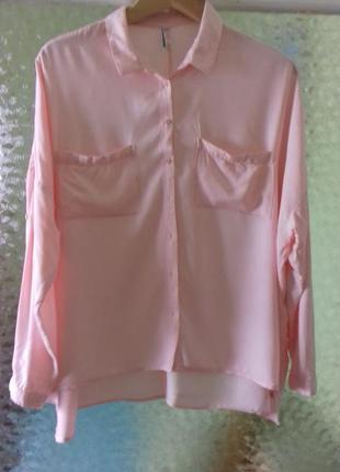 Стильная рубашка оверзайз пудрового цвета /вискоза