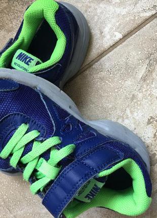 Nike кроссовки 28 размер