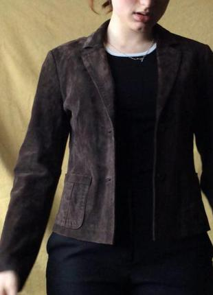 Замшевый пиджак betty barclay