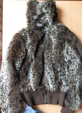 Короткая  меховая куртка размер s франция
