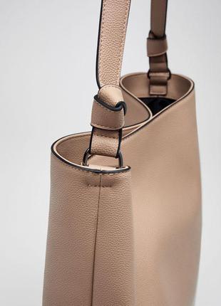 Большая нюдовая сумка pull&bear
