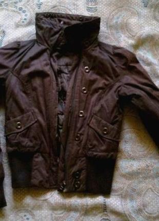 Курточка на весну h&m