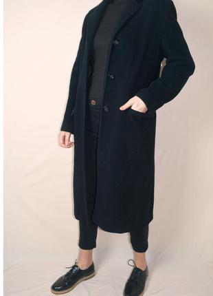 Прямое черное шерстяное пальто бойфренд