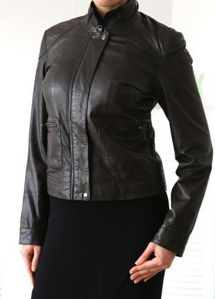 Кожаная куртка шоколадного цвета laura di sarpi, р.m-l (натуральная кожа)