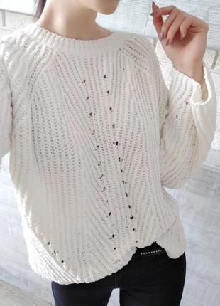 Объемный оверсайз свитер крупной вязки из синели, велюровый