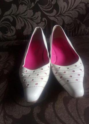 Туфли белые германия.